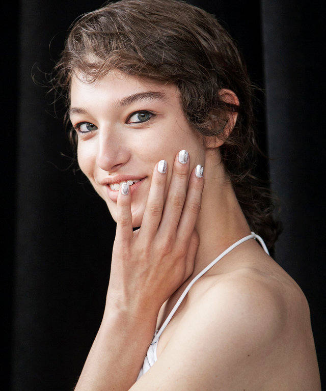 Mix These Polishes to Get the Hottest Spring Runway Manis
