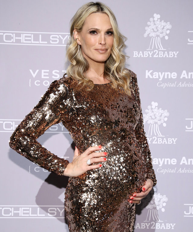 CULVER CITY, CA - NOVEMBER 12:  Actress Molly Sims attends the Fifth Annual Baby2Baby Gala, Presented By John Paul Mitchell Systems at 3LABS on November 12, 2016 in Culver City, California.  (Photo by Randy Shropshire/Getty Images for Baby2Baby)