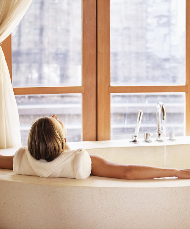 You Deserve These Decadent Spa Treatments During the Holiday Season