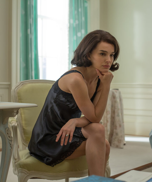 Natalie Portman as  Jackie Kennedy  in JACKIE. Photo by Stephanie Branchu. © 2016 Twentieth Century Fox Film Corporation All Rights Reserved