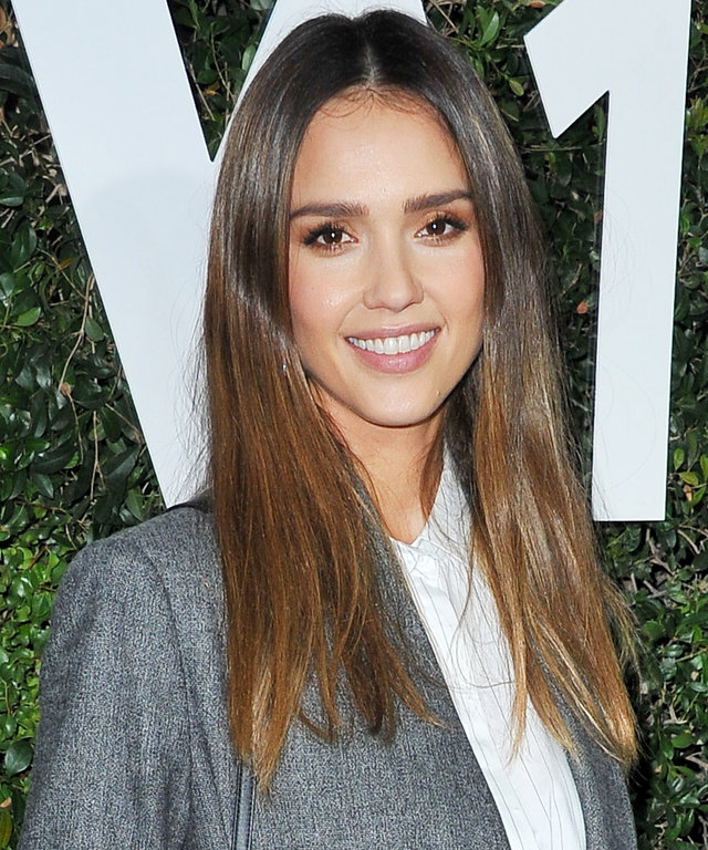 LOS ANGELES, CA - NOVEMBER 02:  Actress Jessica Alba attends Who What Wear 10th Anniversary #WWW10 Experience on November 2, 2016 in Los Angeles, California.  (Photo by Allen Berezovsky/WireImage for Fashion Media)