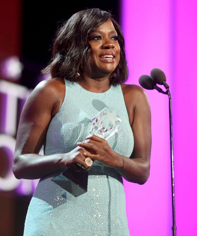 SANTA MONICA, CA - DECEMBER 11:  Actress Viola Davis accepts the #SeeHer award onstage during The 22nd Annual Critics' Choice Awards at Barker Hangar on December 11, 2016 in Santa Monica, California.  (Photo by Christopher Polk/Getty Images for The Critic