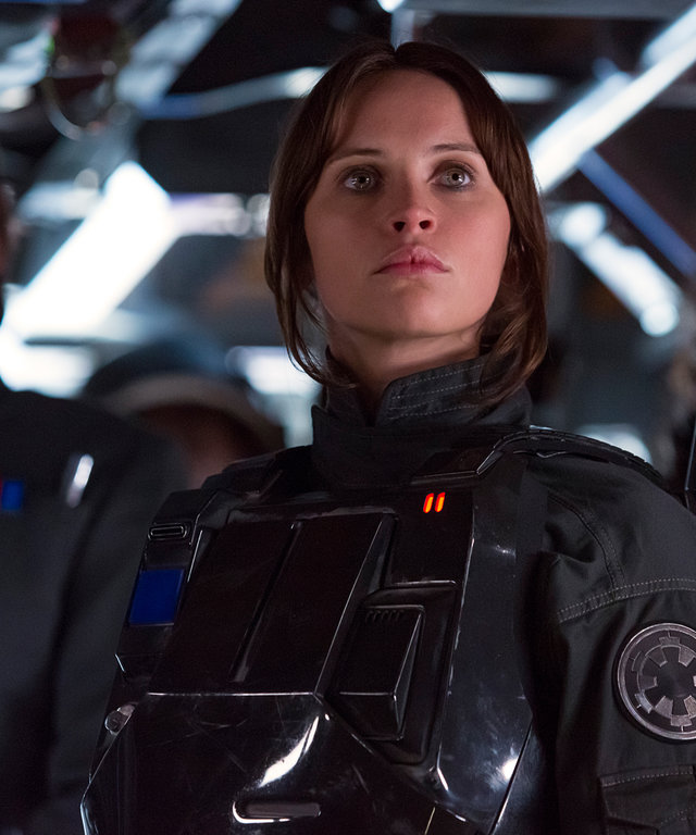 Rogue One: A Star Wars StoryL to R: Cassian Andor (Diego Luna), Jyn Erso (Felicity Jones), and Baze Malbus (Jiang Wen)Ph: Giles Keyte© 2016 Lucasfilm Ltd. All Rights Reserved.