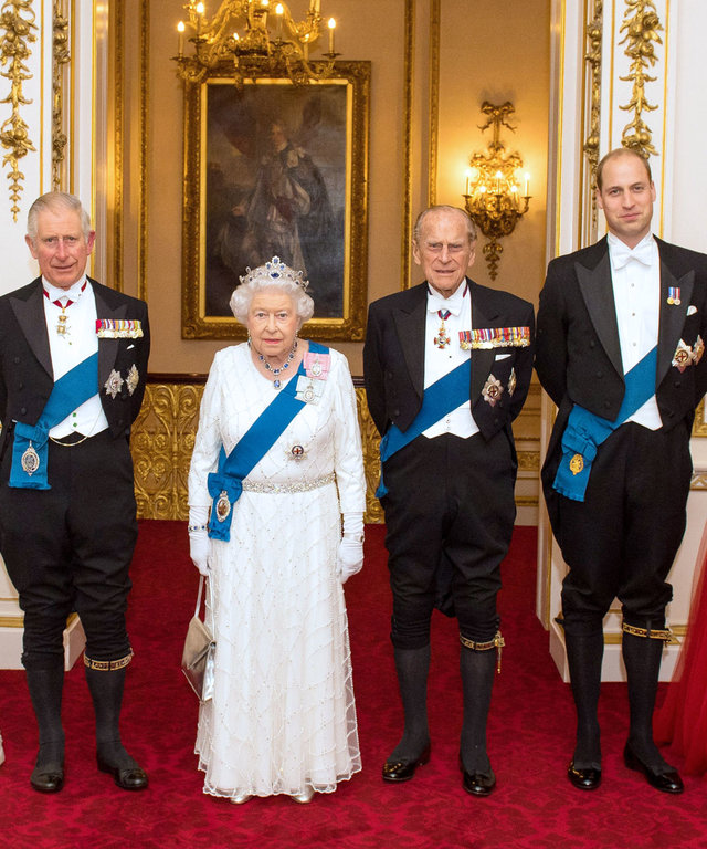 Britain's Queen Elizabeth II (3L) stands with her husband Britain's Prince Philip, Duke of Edinburgh (3R), her son Britain's Prince Charles, Prince of Wales (2L) and his wife Britain's Camilla, Duchess of Cornwall (L), and her grandson Britain's Prince Wi
