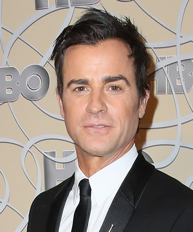 LOS ANGELES, CA - JANUARY 08:  Actor Justin Theroux arrives at HBO's Official Golden Globe Awards after party at the Circa 55 Restaurant on January 8, 2017 in Los Angeles, California.  (Photo by David Livingston/Getty Images)