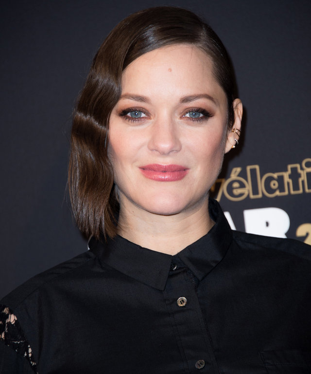 Marion Cotillard's Unorthodox LBD Deserves All Your Bravos