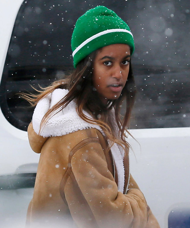 Malia Obama walks to a car after eating at Red Banjo Pizza Parlour on Main Street during the 2017 Sundance Film Festival on Tuesday, Jan. 24, 2017, in Park City, Utah. (Photo by Danny Moloshok/Invision/AP)