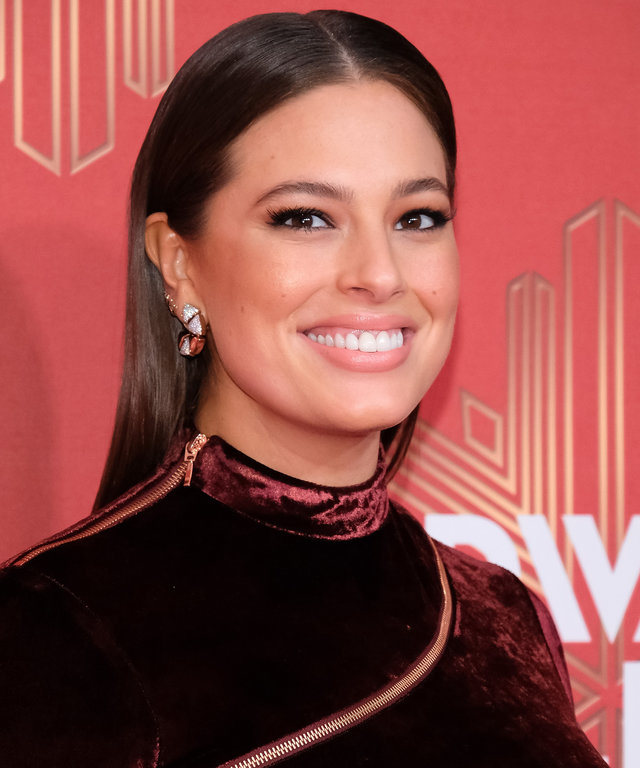 NEW YORK, NY - DECEMBER 02:  Ashley Graham attends the 2016 VH1 Divas Holiday: Unsilent Night at Kings Theatre on December 2, 2016 in the Brooklyn borough of New York City.  (Photo by D Dipasupil/FilmMagic)