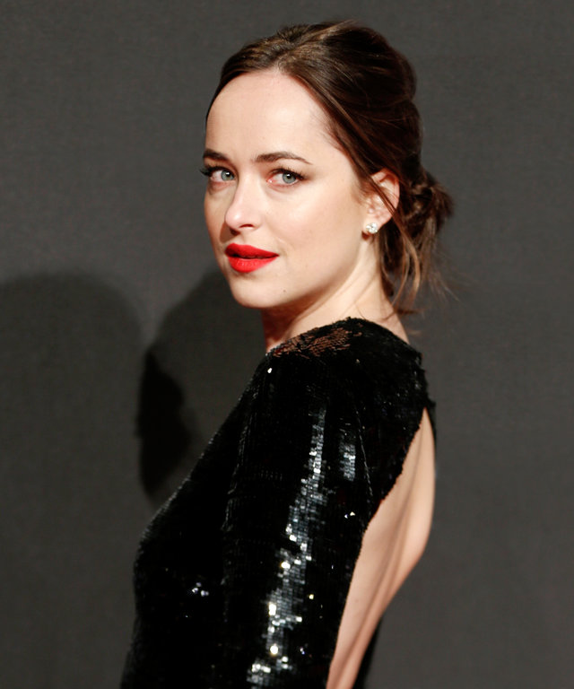 HAMBURG, GERMANY - FEBRUARY 07: US actress Dakota Johnson (daughter of Melanie Griffith and Don Johnson) attends the European premiere of 'Fifty Shades Darker'(German title 'Fifty Shades Of Grey - Gefaehrliche Liebe) at Cinemaxx on February 7, 2017 in Ham
