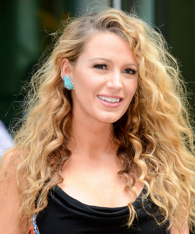Celebrity Hairstyles For Weddings: Curly Hairstyles, Celebrity Haircuts For Curly Hair