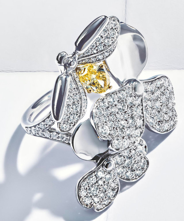 Tiffany Co Launches Paper Flowers Collection Instyle Com