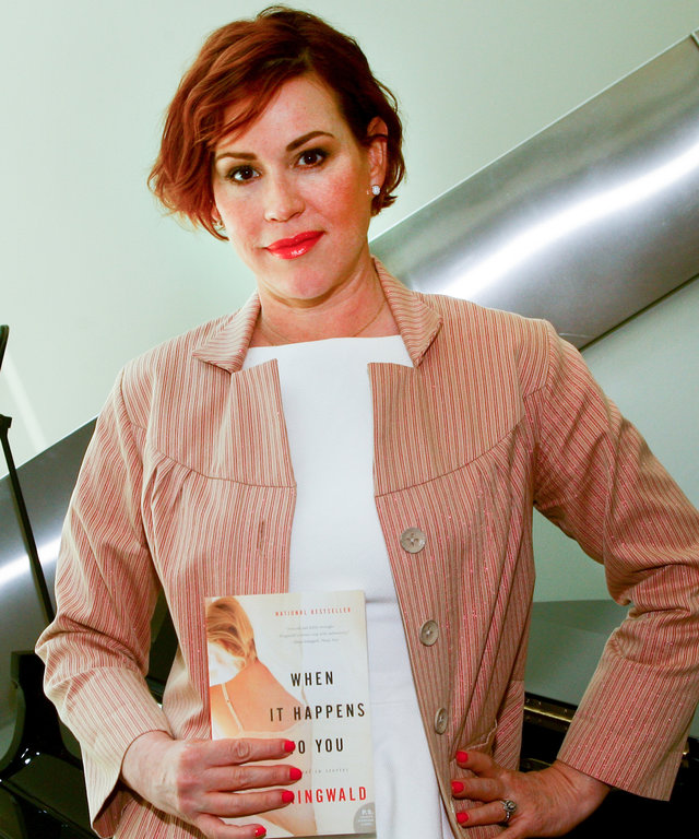 Molly Ringwald lead