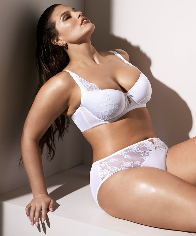 plus-size-lingerie-valentines-day-nordstrom