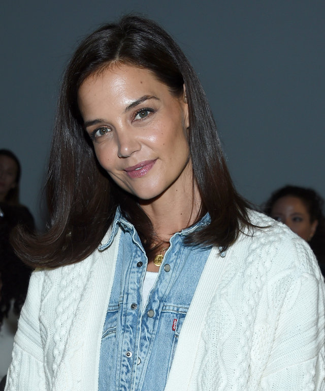 katie-holmes-olay-active-hydrating-cream