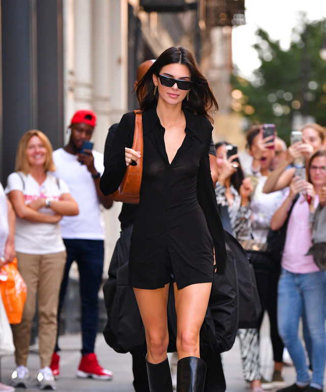 kendall-jenner-staud-large-moon-leather-bag