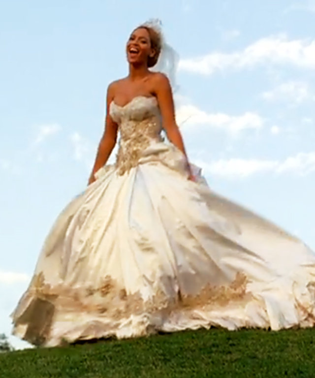 92504adfe1e Beyonce -- Wedding Dress Designer -- Best Thing I Never Had -- Video ...