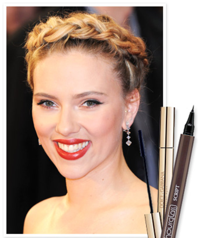 Get The Look Scarlett Johanssons Perfect Cat Eye Instyle