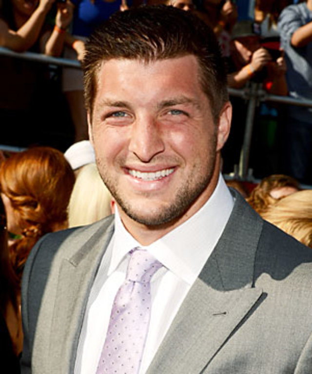 Tim Tebow Has A No Swear Rule During His Haircut Instyle