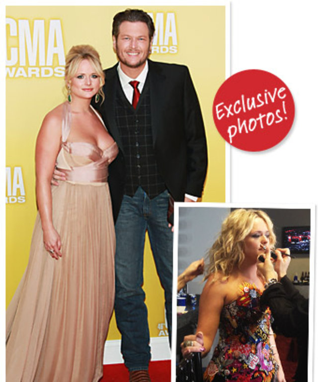 Miranda Lambert and Blake Shelton at the 2012 CMA awards