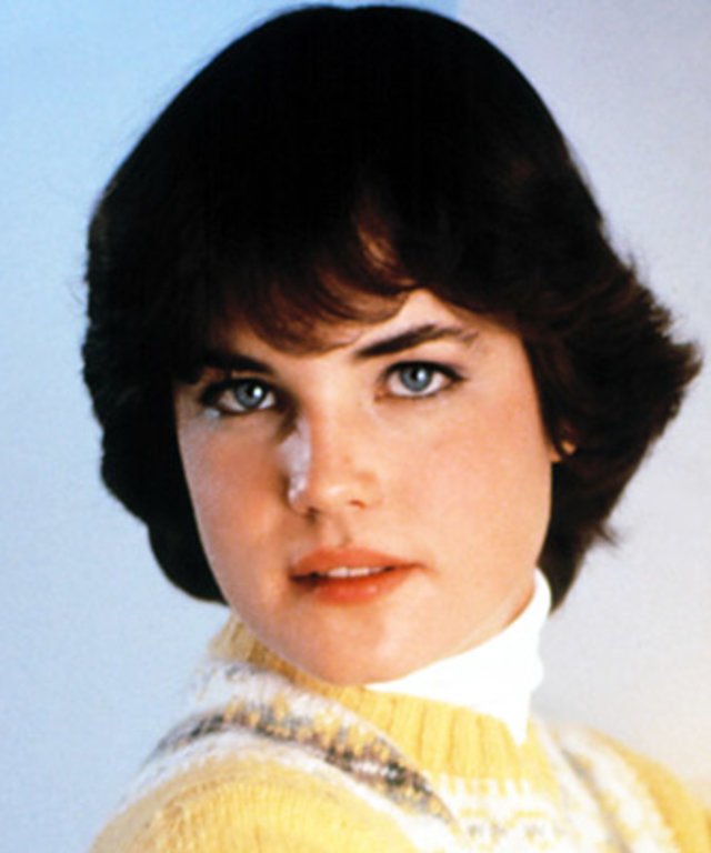 Elizabeth McGovern - Transformation - Hair - Celebrity Before and After