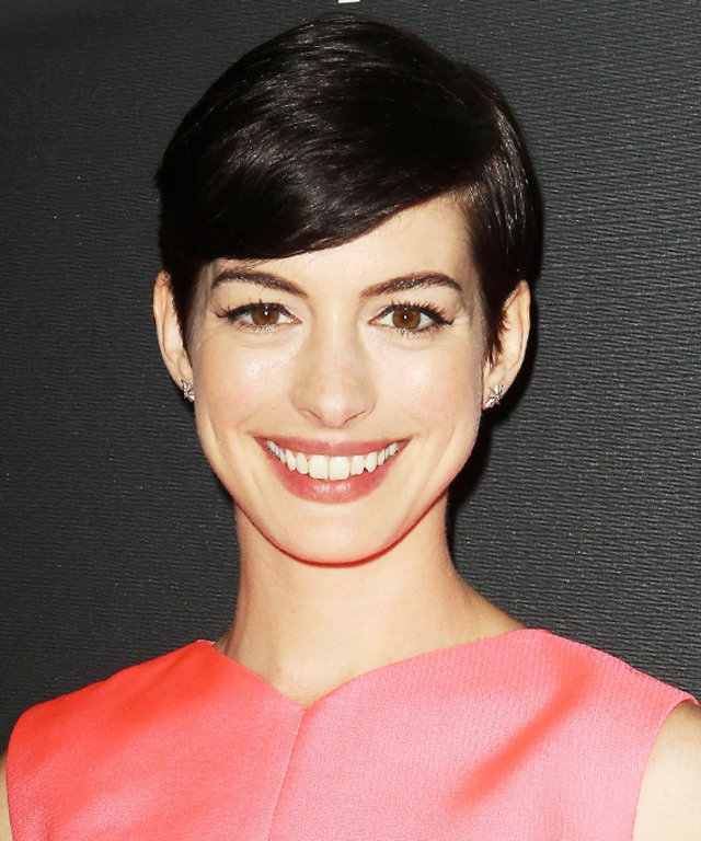 Anne Hathaway - Our Favorite Brunets - Brunet Hair