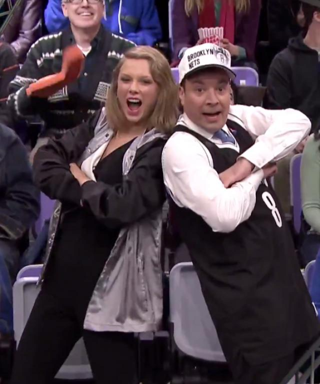 Taylor Swift Jimmy Fallon Jumbotron Dancing