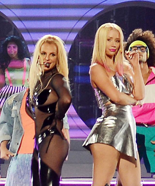 Billboard Awards - Britney Spears/Iggy Azalea Performance