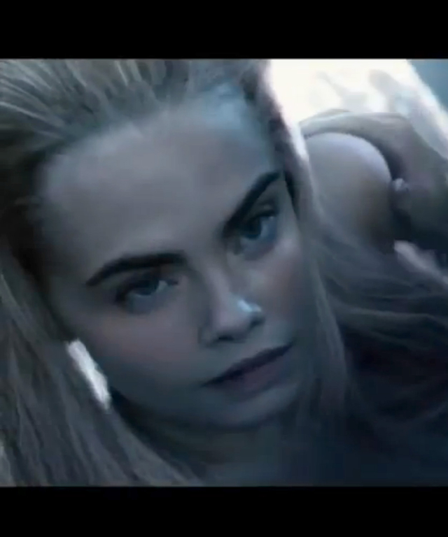 Cara Delevingne in new movie trailer for Pan