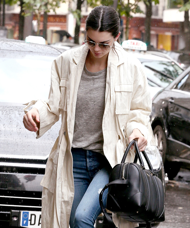 Kendall Jenner returns to her hotel on July 5, 2015 in Paris, France.