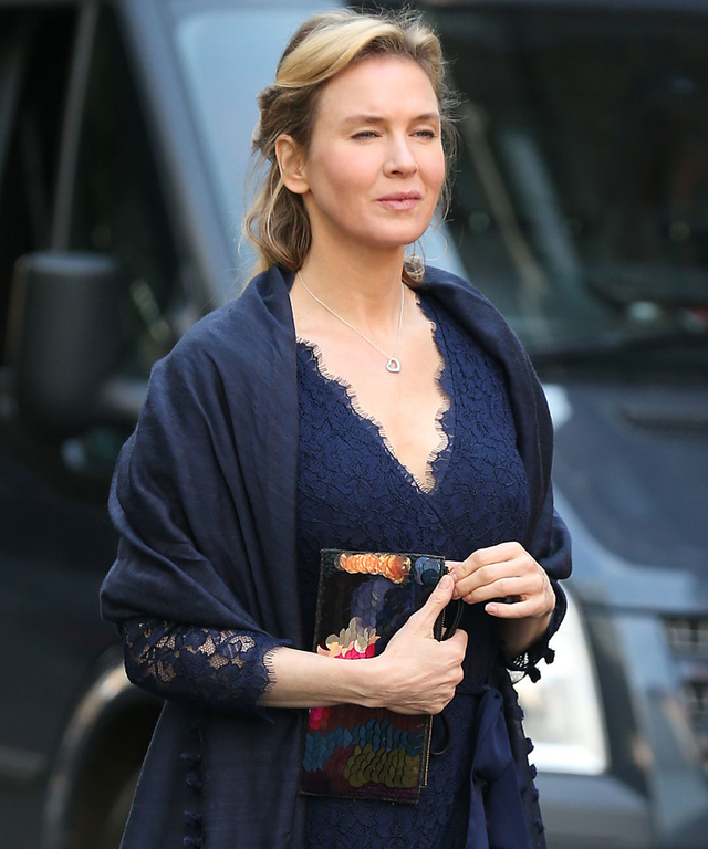 Renee Zellweger Sighted Filming  Bridget Jones' Baby  - October 12, 2015