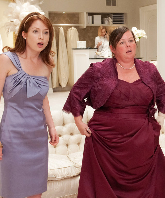 BRIDESMAIDS, from left: Ellie Kemper, Melissa McCarthy, Wendi McLendon-Covey, 2011. ph: Suzanne Hanover/©Universal Pictures/Courtesy Everett Collection
