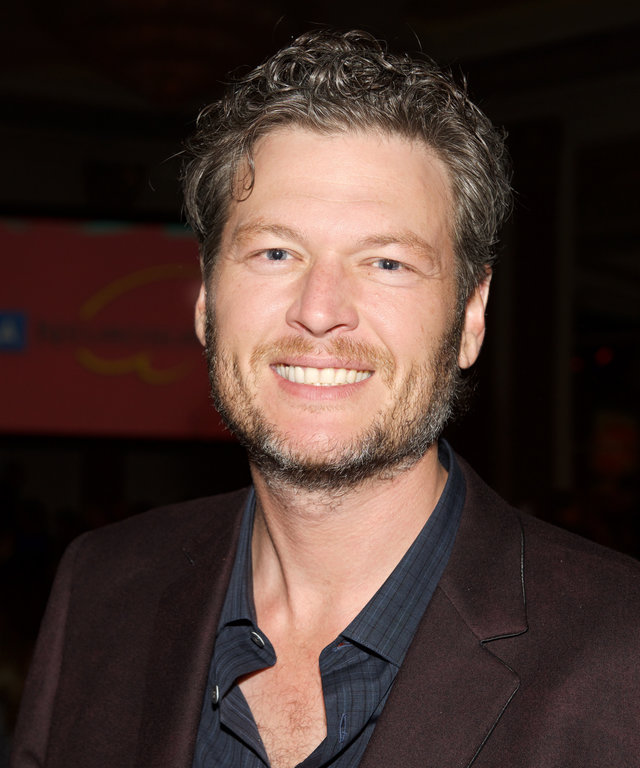 Singer Blake Shelton attends the 2015 UCLA Neurosurgery Visionary Ball at the Beverly Wilshire Four Seasons Hotel on October 29, 2015 in Beverly Hills, California.