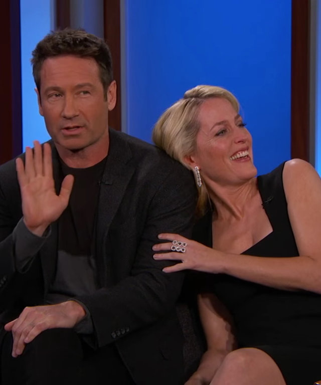 David Duchovny and Gillian Anderon - Kimmel