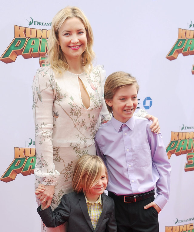 Actress Kate Hudson, kids Ryder Robinson and Bingham Bellamy arrive at the premiere of 20th Century Fox's 'Kung Fu Panda 3' at TCL Chinese Theatre on January 16, 2016 in Hollywood, California.
