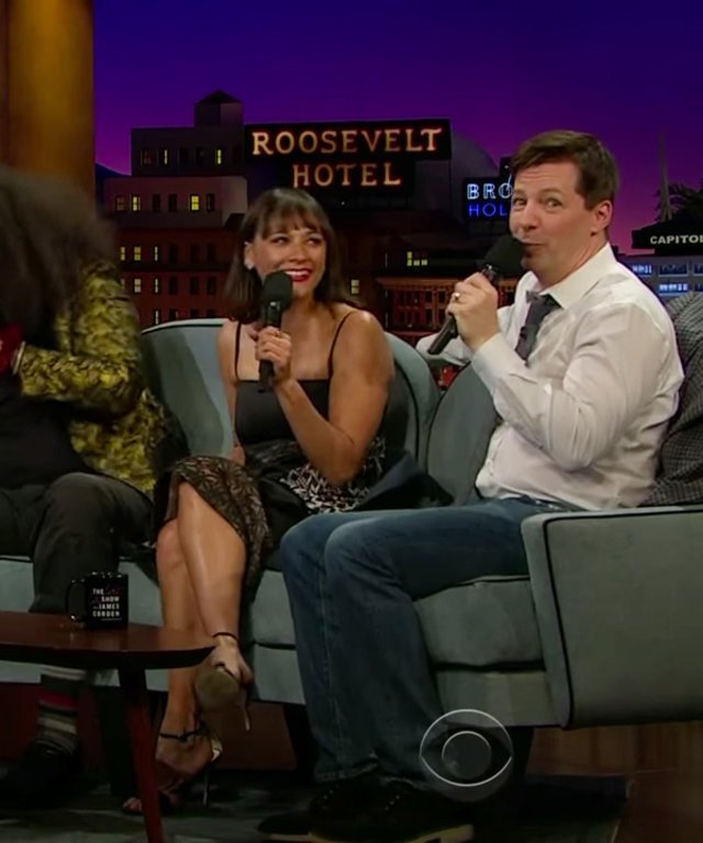 Lily James, Rashida Jones, Sean Hayes beatbox on James Corden