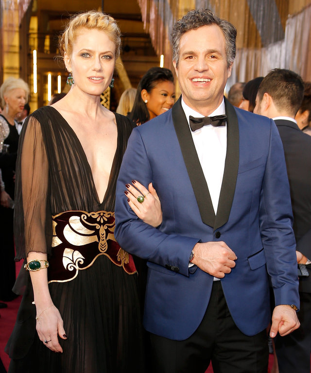 Actress Sunrise Coigney (L) and actor Mark Ruffalo attend the 88th Annual Academy Awards at Hollywood & Highland Center on February 28, 2016 in Hollywood, California.