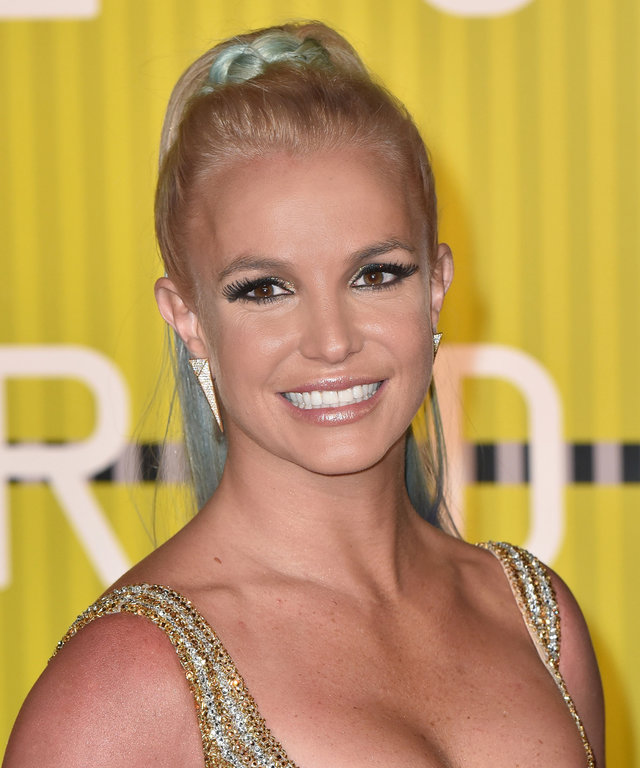 Britney Spears arrives to the 2015 MTV Video Music Awards at Microsoft Theater on August 30, 2015 in Los Angeles, California.