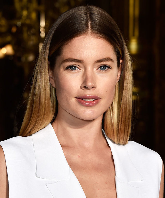PARIS, FRANCE - MARCH 07:  Doutzen Kroes attends the Stella McCartney show as part of the Paris Fashion Week Womenswear Fall/Winter 2016/2017 on March 7, 2016 in Paris, France.  (Photo by Pascal Le Segretain/Getty Images)
