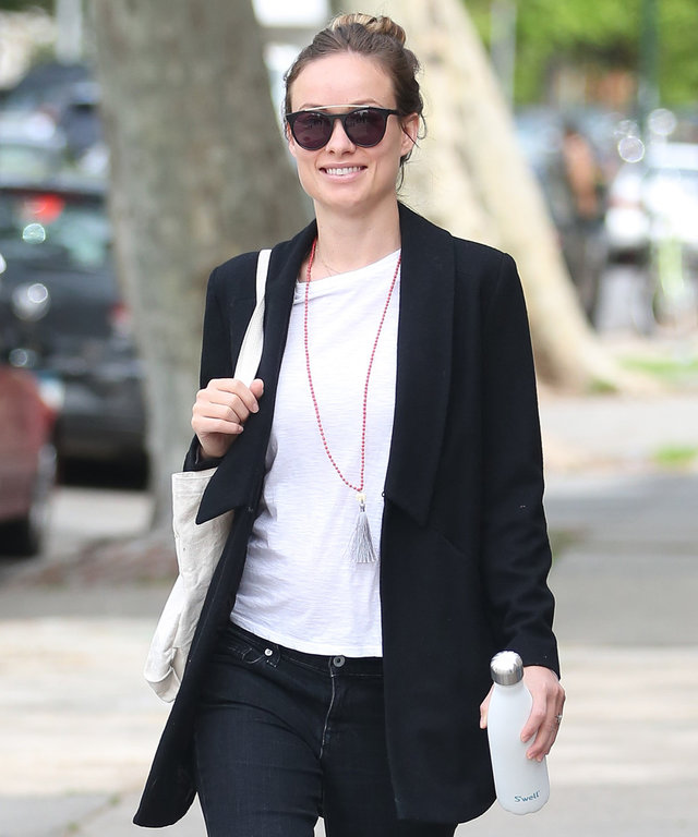 May 10, 2016: Olivia Wilde takes a stroll in New York City this morning. Wilde is currently pregnant with her second child.Mandatory Credit: Peter Cepeda/INFphoto.com Ref: infusny-259