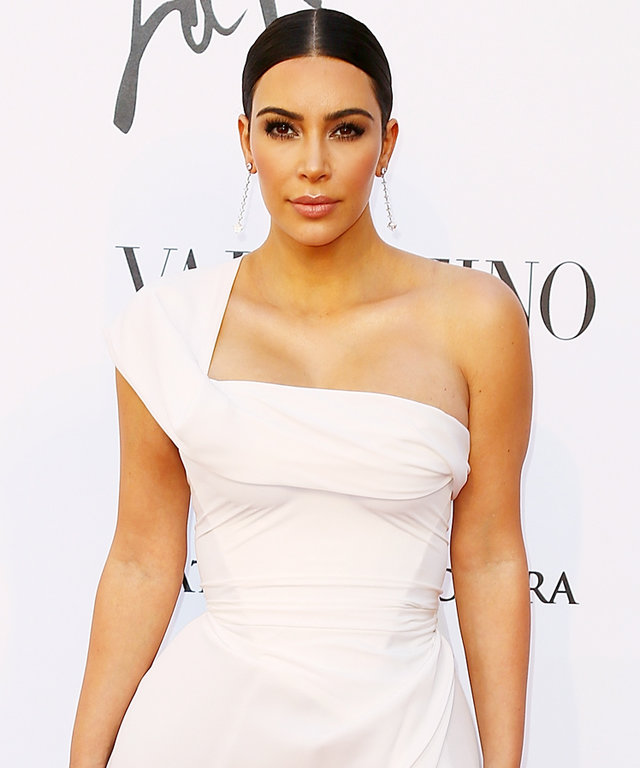 Kim Kardashian attends the 'La Traviata' Premiere at Teatro Dell'Opera on May 22, 2016 in Rome, Italy.
