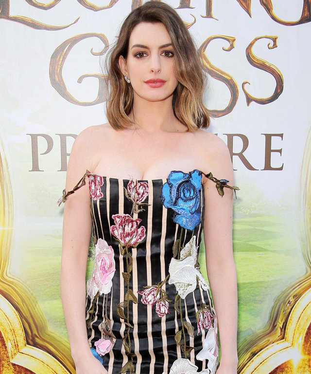 'Alice Through the Looking Glass' film premiere, Los Angeles, America - 23 May 2016 Anne Hathaway