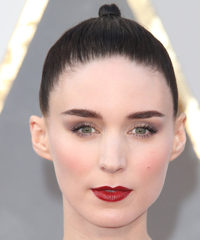 Rooney Mara - Hair Transformation