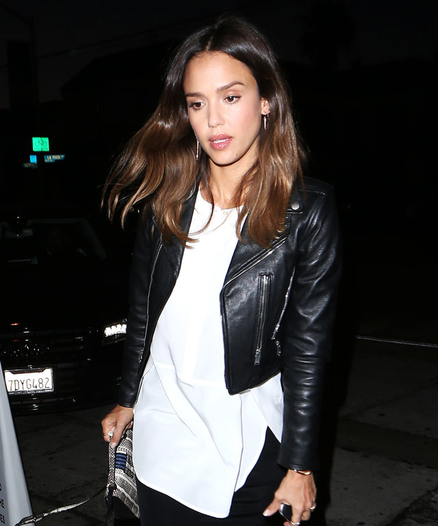 Jessica Alba Dines At Craig's Restaurant in West Hollywood