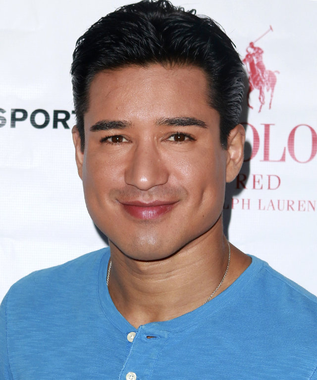Mario Lopez and Tiffany Amber Theissen