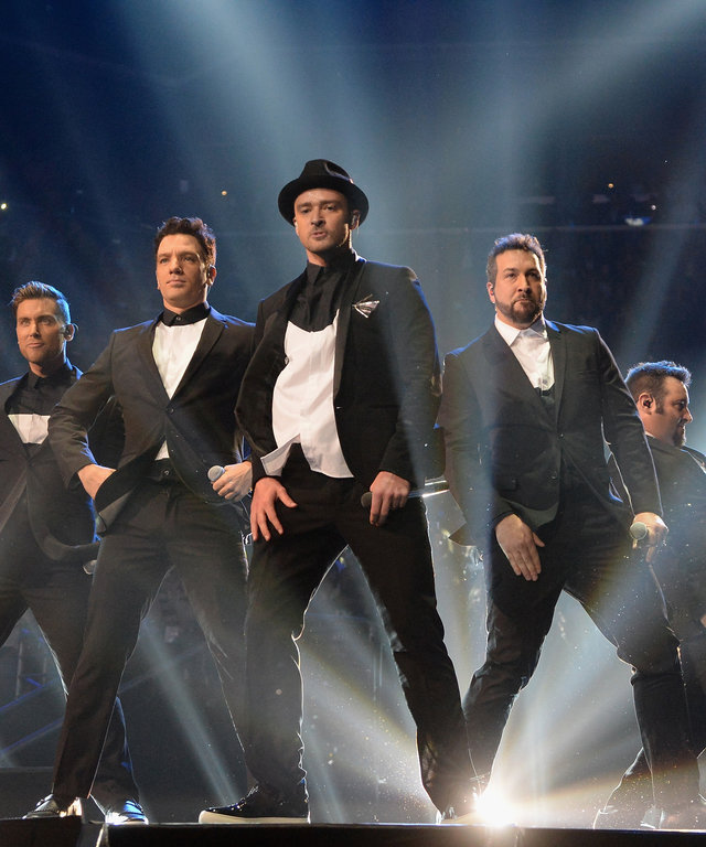 NEW YORK, NY - AUGUST 25:  (L-R) Lance Bass, JC Chasez, Justin Timberlake, Joey Fatone and Chris Kirkpatrick of N Sync perform during the 2013 MTV Video Music Awards at the Barclays Center on August 25, 2013 in the Brooklyn borough of New York City.