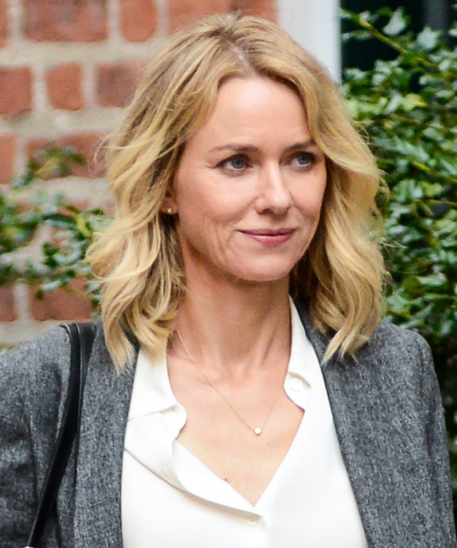 NEW YORK, NY - SEPTEMBER 28:  Actress Naomi Watts films a scene at the  Gypsy  movie set in Greenwich Village on September 28, 2016 in New York City.  (Photo by Ray Tamarra/GC Images)