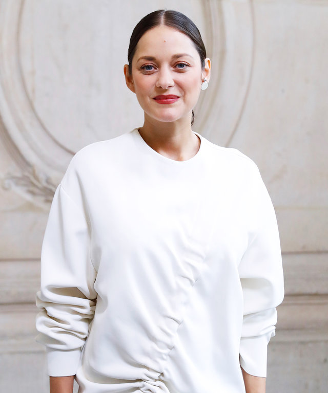 Pregnant Marion Cotillard Is a Vision in White at Dior's #PFW Show