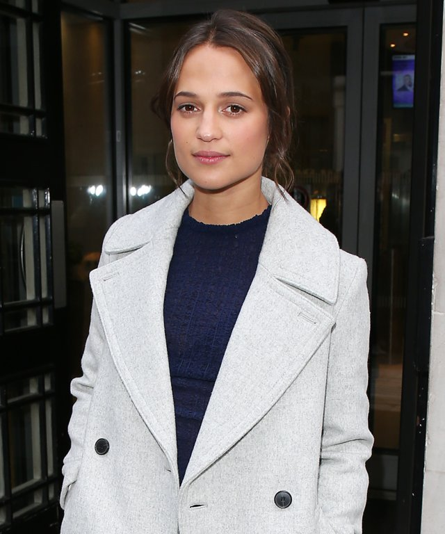 Alicia Vikander Shows Off Her Cool Girl Style in Matching Navy Set and White Leather Sneakers