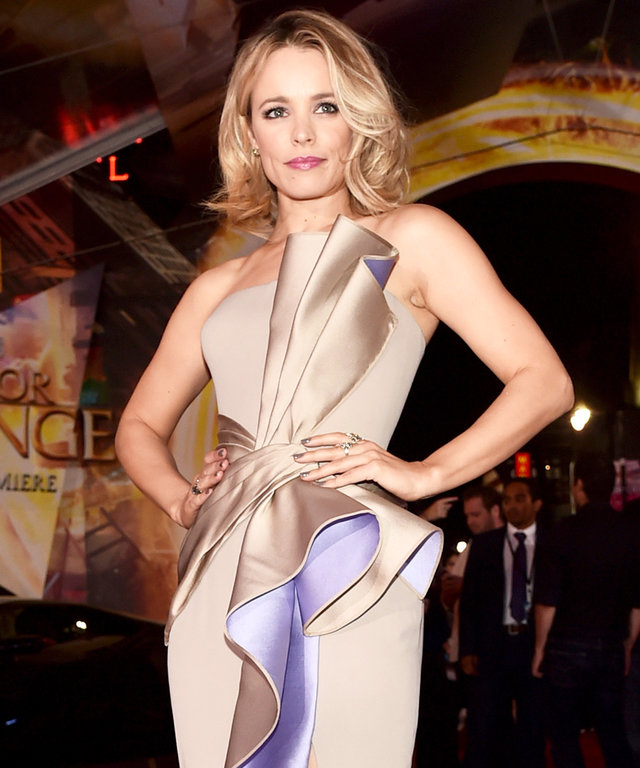 Rachel McAdams Cuts a Sexy Figure in a Sculptural Atelier Versace Gown at the Doctor Strange Premiere