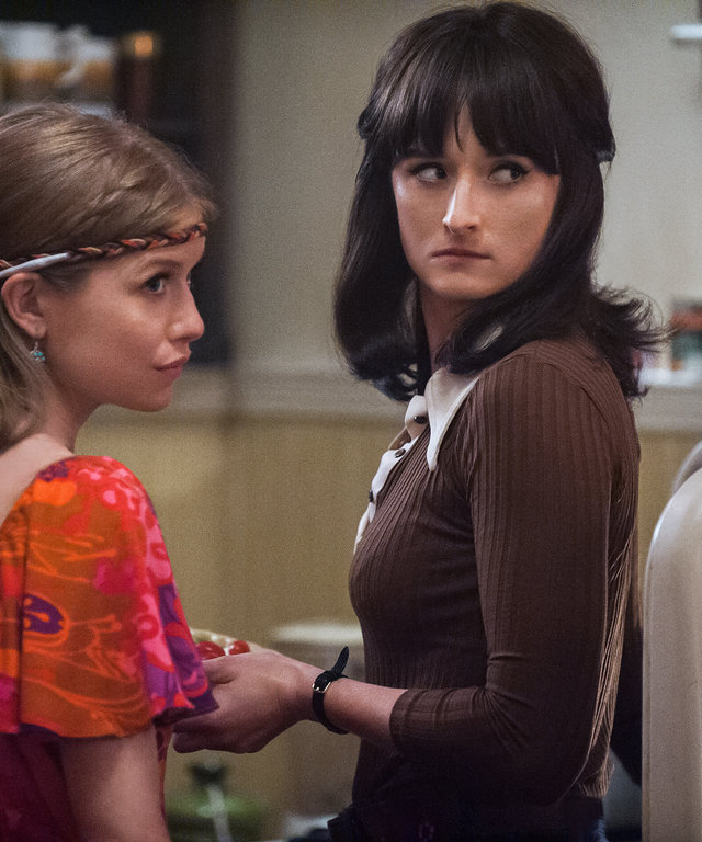 How Meryl Streep Helped Daughter Grace Gummer Prepare for Her Role on Good Girls Revolt